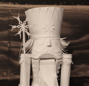 NUTCRACKER DETAIL